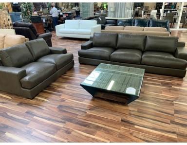 New Floor Model Livorno Sofa And Loveseat Take 50% Off