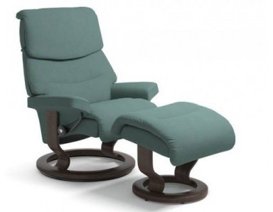 (Medium) Stressless Admiral Chair And Ottoman (Classic Base)
