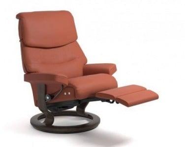 (Medium) Stressless Admiral Power Reclining Chair (Comfort Base)