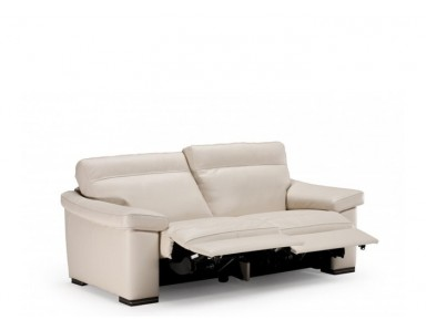 Natuzzi Editions B814 Onore Leather Sofa | Adjustable Headrest